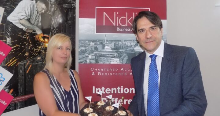 Local Firm support Alzheimers Society with office bake-off!